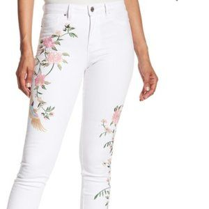 Nanette sz 10 floral embroidered jeans
